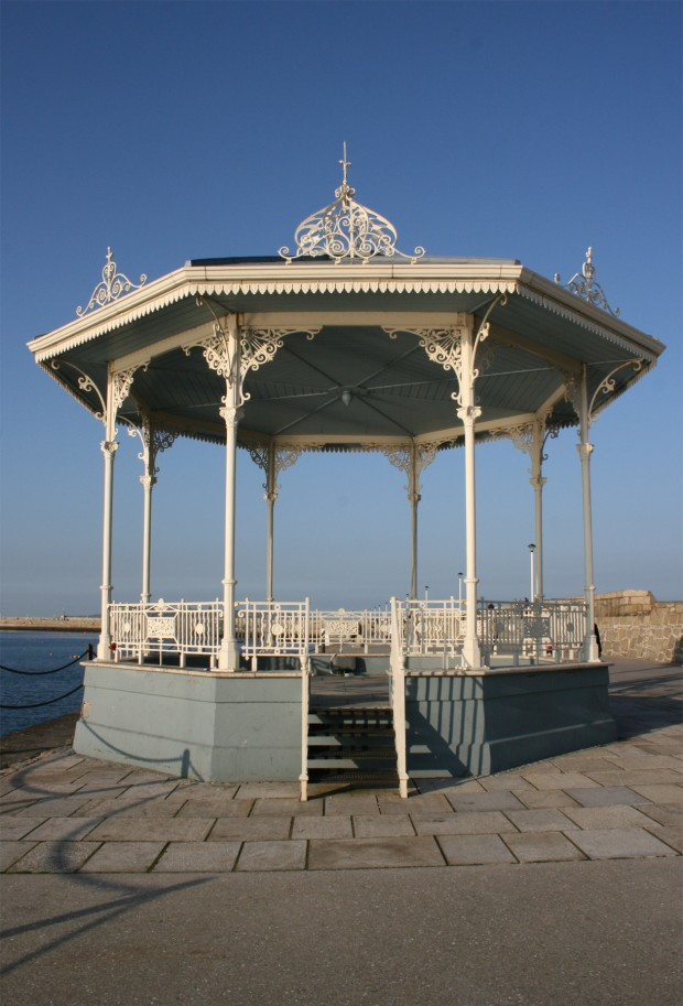 bd-bandstand-1